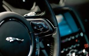 Jaguar XJ 005